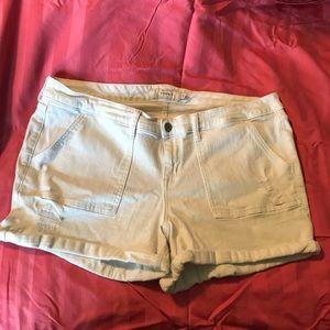 White torrid denim shorts